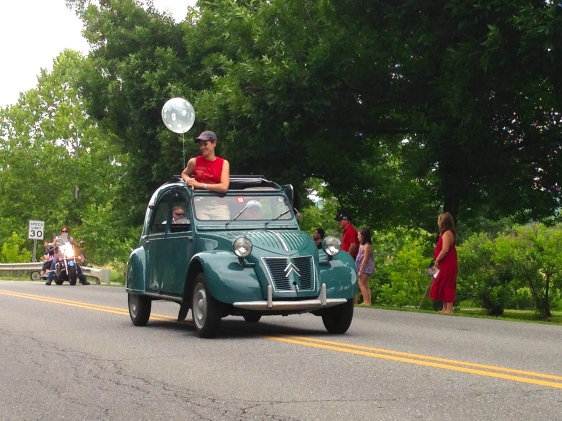 Plus a 1952 Citroen--now that's patriotic!